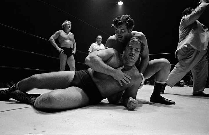 Wrestlers, photo